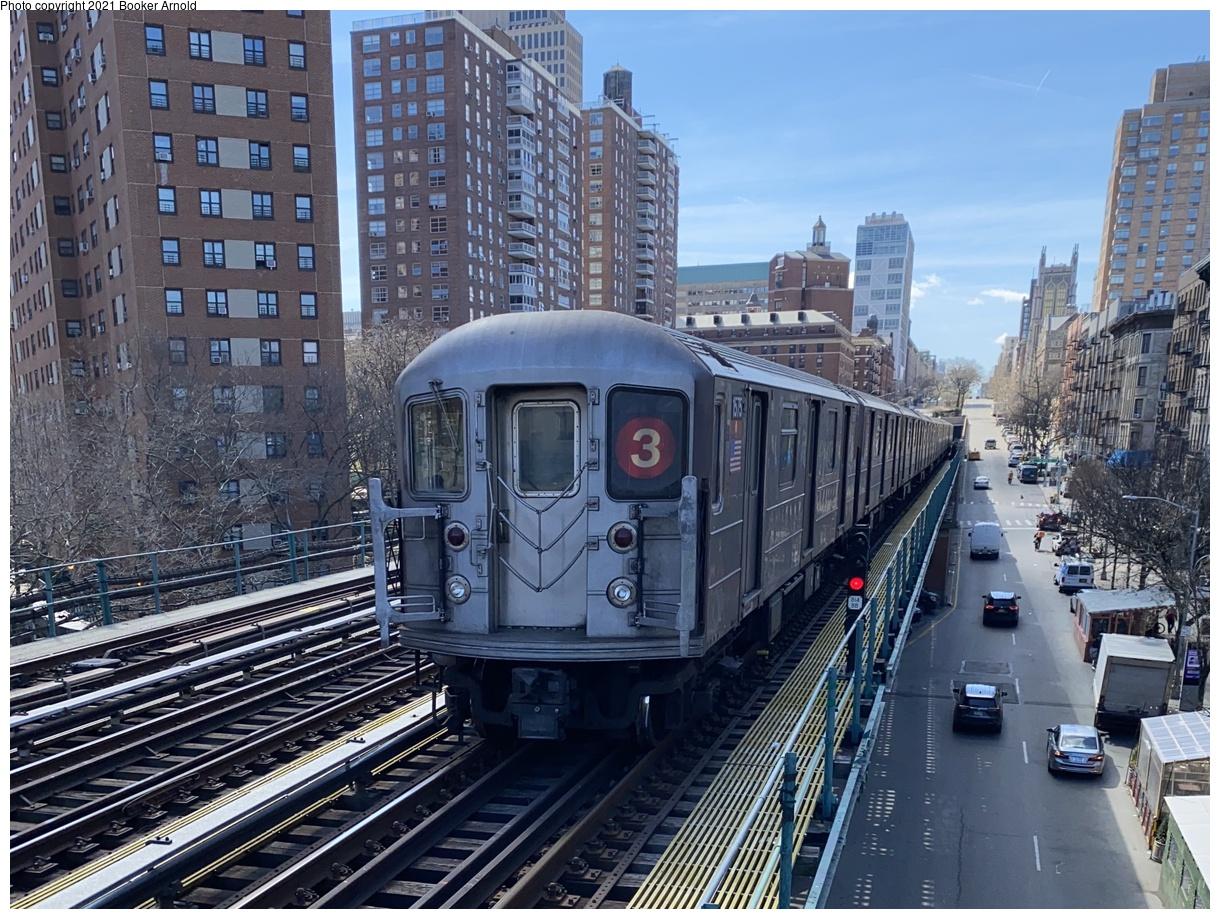 (482k, 1220x919)<br><b>Country:</b> United States<br><b>City:</b> New York<br><b>System:</b> New York City Transit<br><b>Line:</b> IRT West Side Line<br><b>Location:</b> 125th Street<br><b>Route:</b> 3 reroute<br><b>Car:</b> R-62 (Kawasaki, 1983-1985) 1575 <br><b>Photo by:</b> Booker Arnold<br><b>Date:</b> 3/27/2021<br><b>Viewed (this week/total):</b> 5 / 123