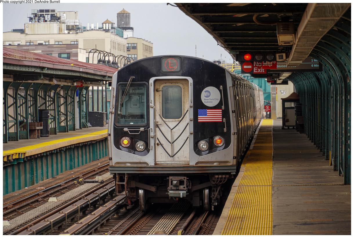 (589k, 1220x820)<br><b>Country:</b> United States<br><b>City:</b> New York<br><b>System:</b> New York City Transit<br><b>Line:</b> BMT Canarsie Line<br><b>Location:</b> Sutter Avenue<br><b>Route:</b> L<br><b>Car:</b> R-143 (Kawasaki, 2001-2002)  <br><b>Photo by:</b> DeAndre Burrell<br><b>Date:</b> 4/9/2021<br><b>Viewed (this week/total):</b> 8 / 130
