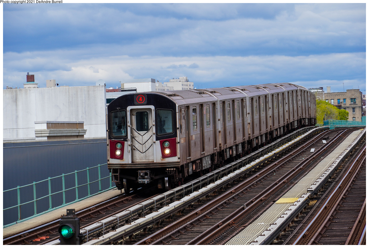 (524k, 1220x820)<br><b>Country:</b> United States<br><b>City:</b> New York<br><b>System:</b> New York City Transit<br><b>Line:</b> IRT Woodlawn Line<br><b>Location:</b> 161st Street-River Avenue (Yankee Stadium)<br><b>Route:</b> 4<br><b>Car:</b> R-142A (Primary Order, Kawasaki, 1999-2002) 7781 <br><b>Photo by:</b> DeAndre Burrell<br><b>Date:</b> 4/17/2021<br><b>Viewed (this week/total):</b> 5 / 120