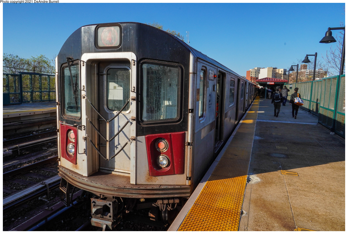 (554k, 1220x820)<br><b>Country:</b> United States<br><b>City:</b> New York<br><b>System:</b> New York City Transit<br><b>Line:</b> IRT Woodlawn Line<br><b>Location:</b> Bedford Park Boulevard<br><b>Route:</b> 4<br><b>Car:</b> R-142A (Primary Order, Kawasaki, 1999-2002) 7661 <br><b>Photo by:</b> DeAndre Burrell<br><b>Date:</b> 4/23/2021<br><b>Viewed (this week/total):</b> 16 / 309