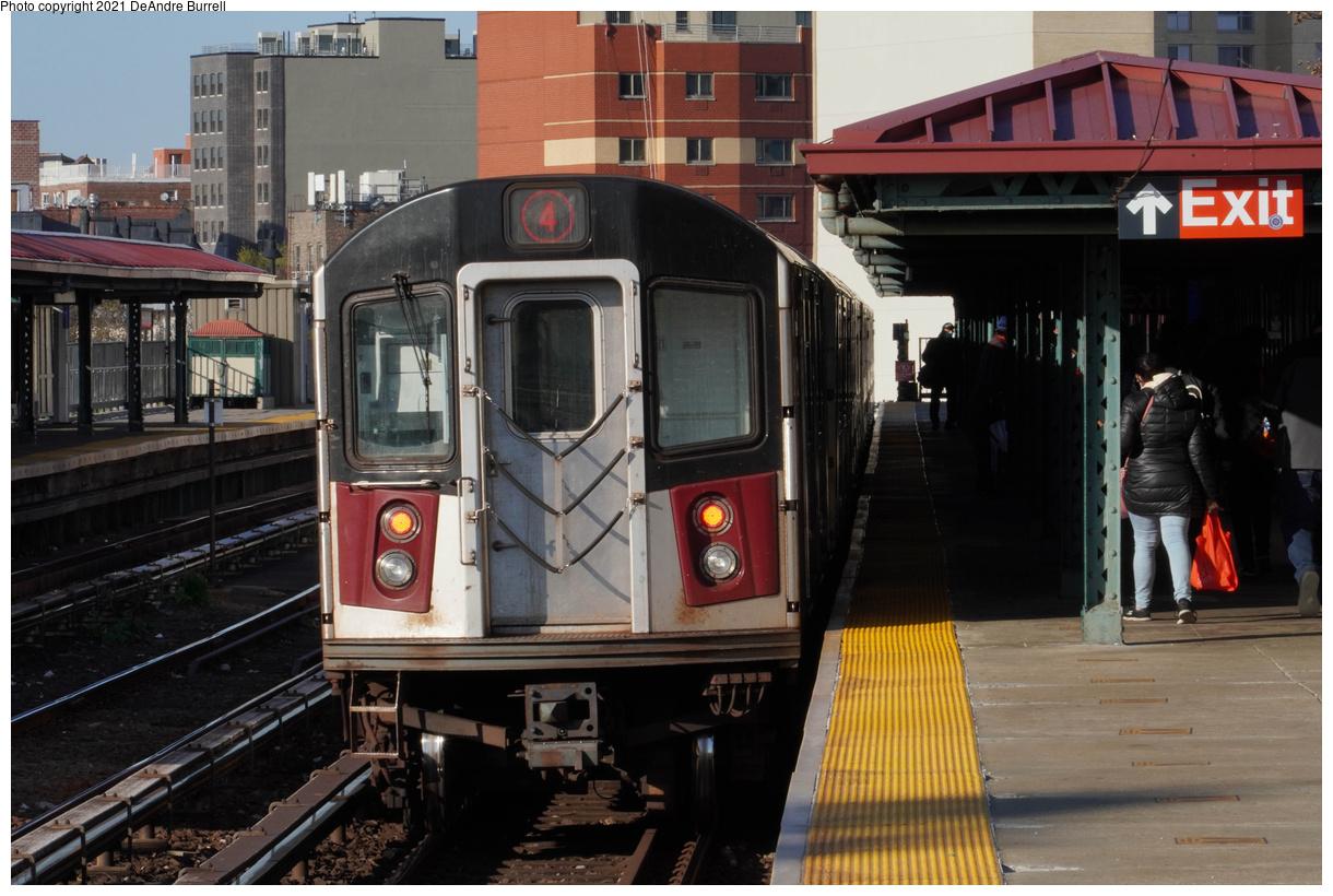 (449k, 1220x820)<br><b>Country:</b> United States<br><b>City:</b> New York<br><b>System:</b> New York City Transit<br><b>Line:</b> IRT Woodlawn Line<br><b>Location:</b> Bedford Park Boulevard<br><b>Route:</b> 4<br><b>Car:</b> R-142A (Primary Order, Kawasaki, 1999-2002) 7661 <br><b>Photo by:</b> DeAndre Burrell<br><b>Date:</b> 4/23/2021<br><b>Viewed (this week/total):</b> 0 / 617