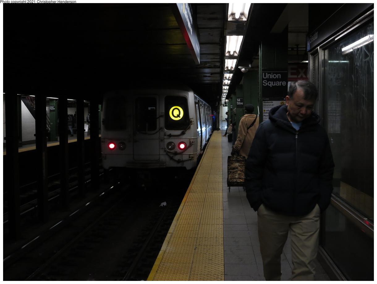 (247k, 1220x920)<br><b>Country:</b> United States<br><b>City:</b> New York<br><b>System:</b> New York City Transit<br><b>Line:</b> BMT Broadway Line<br><b>Location:</b> 14th Street/Union Square<br><b>Route:</b> Q<br><b>Car:</b> R-46 (Pullman-Standard, 1974-75)  <br><b>Photo by:</b> Christopher Henderson<br><b>Date:</b> 3/2/2020<br><b>Viewed (this week/total):</b> 4 / 136