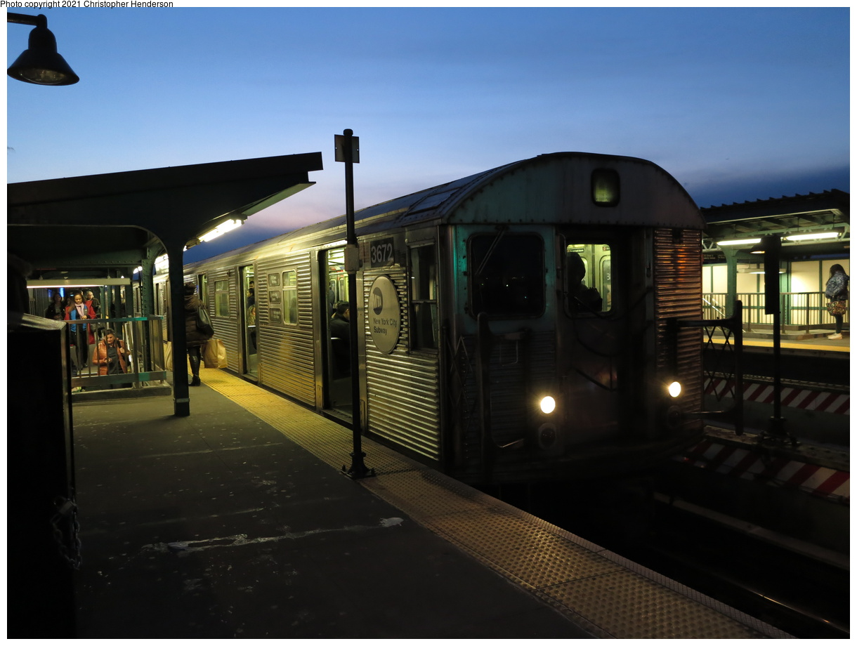 (306k, 1220x920)<br><b>Country:</b> United States<br><b>City:</b> New York<br><b>System:</b> New York City Transit<br><b>Line:</b> IND Fulton Street Line<br><b>Location:</b> Rockaway Boulevard<br><b>Route:</b> A<br><b>Car:</b> R-32 (Budd, 1964) 3672 <br><b>Photo by:</b> Christopher Henderson<br><b>Date:</b> 3/4/2020<br><b>Viewed (this week/total):</b> 0 / 158