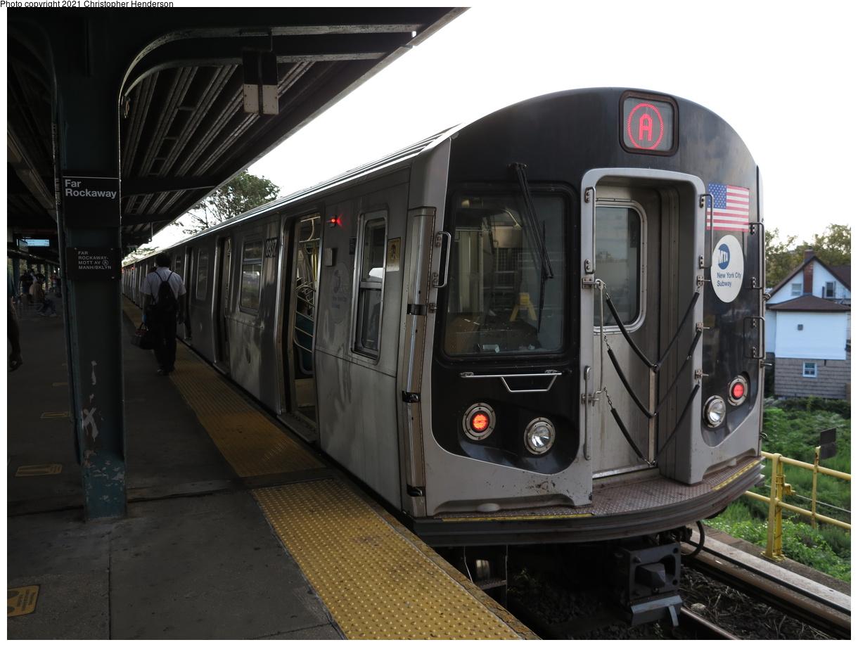 (342k, 1220x920)<br><b>Country:</b> United States<br><b>City:</b> New York<br><b>System:</b> New York City Transit<br><b>Line:</b> IND Rockaway Line<br><b>Location:</b> Mott Avenue/Far Rockaway<br><b>Route:</b> A<br><b>Car:</b> R-160B (Kawasaki, 2005-2008) 8947 <br><b>Photo by:</b> Christopher Henderson<br><b>Date:</b> 9/7/2020<br><b>Viewed (this week/total):</b> 11 / 41