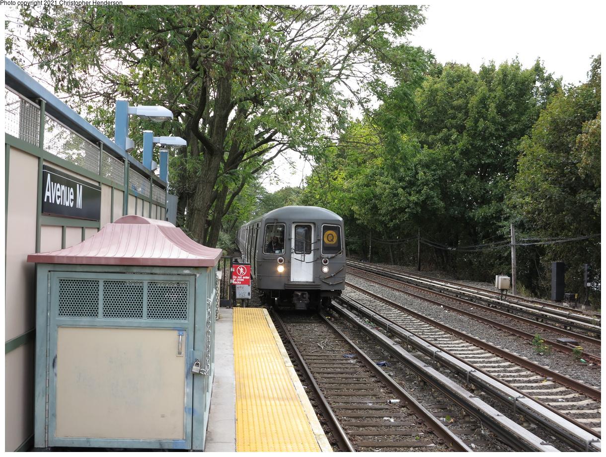 (647k, 1220x920)<br><b>Country:</b> United States<br><b>City:</b> New York<br><b>System:</b> New York City Transit<br><b>Line:</b> BMT Brighton Line<br><b>Location:</b> Avenue M<br><b>Route:</b> Q<br><b>Car:</b> R-68 (Westinghouse-Amrail, 1986-1988)  <br><b>Photo by:</b> Christopher Henderson<br><b>Date:</b> 10/25/2020<br><b>Viewed (this week/total):</b> 1 / 104