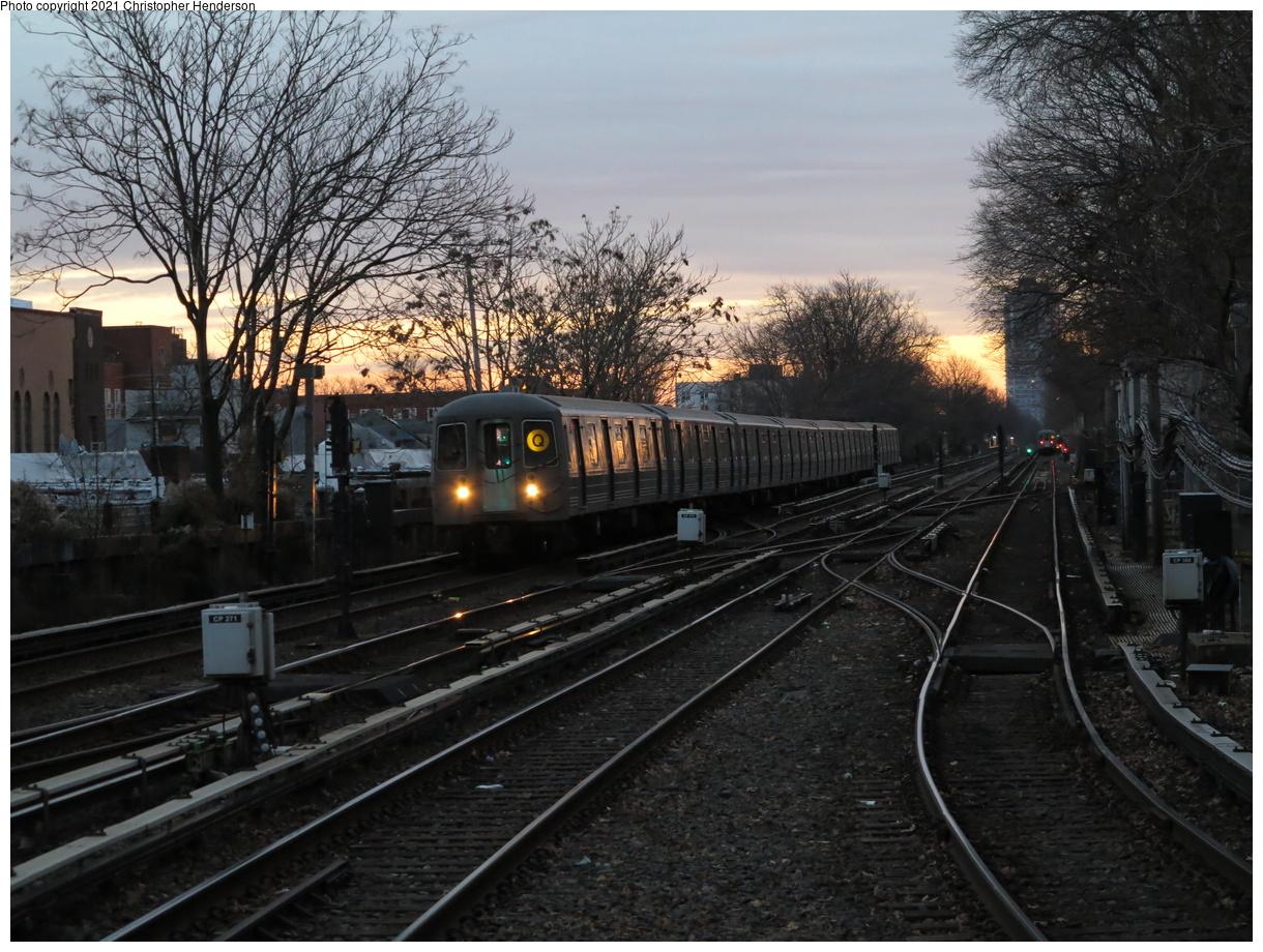 (475k, 1220x920)<br><b>Country:</b> United States<br><b>City:</b> New York<br><b>System:</b> New York City Transit<br><b>Line:</b> BMT Brighton Line<br><b>Location:</b> Kings Highway<br><b>Route:</b> Q<br><b>Car:</b> R-68A (Kawasaki, 1988-1989) 5192 <br><b>Photo by:</b> Christopher Henderson<br><b>Date:</b> 1/9/2021<br><b>Viewed (this week/total):</b> 0 / 132