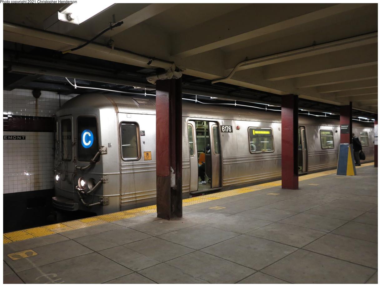 (325k, 1220x920)<br><b>Country:</b> United States<br><b>City:</b> New York<br><b>System:</b> New York City Transit<br><b>Line:</b> IND Concourse Line<br><b>Location:</b> Tremont Avenue<br><b>Route:</b> C<br><b>Car:</b> R-46 (Pullman-Standard, 1974-75) 6176 <br><b>Photo by:</b> Christopher Henderson<br><b>Date:</b> 4/17/2021<br><b>Viewed (this week/total):</b> 4 / 178