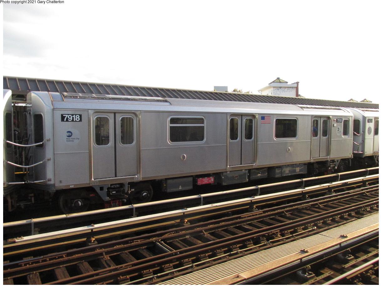 (383k, 1220x920)<br><b>Country:</b> United States<br><b>City:</b> New York<br><b>System:</b> New York City Transit<br><b>Line:</b> IRT Flushing Line<br><b>Location:</b> 52nd Street/Lincoln Avenue<br><b>Route:</b> 7<br><b>Car:</b> R-188 (Kawasaki, 2012-) 7918 <br><b>Photo by:</b> Gary Chatterton<br><b>Date:</b> 10/17/2015<br><b>Viewed (this week/total):</b> 1 / 296
