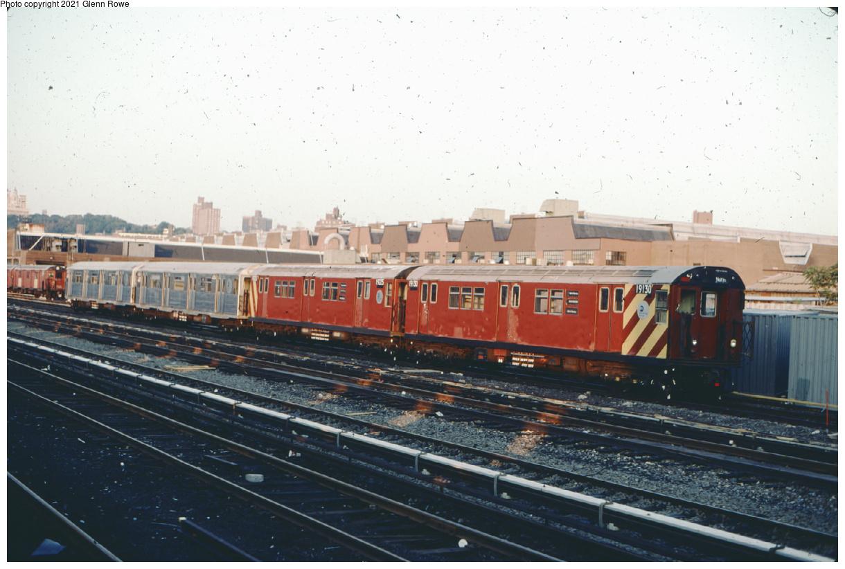 (413k, 1220x822)<br><b>Country:</b> United States<br><b>City:</b> New York<br><b>System:</b> New York City Transit<br><b>Location:</b> 207th Street Yard<br><b>Car:</b> R-33 Main Line (St. Louis, 1962-63) 9130-9225 <br><b>Photo by:</b> Glenn L. Rowe<br><b>Date:</b> 8/1/2002<br><b>Notes:</b> Note mismated pair.<br><b>Viewed (this week/total):</b> 4 / 271