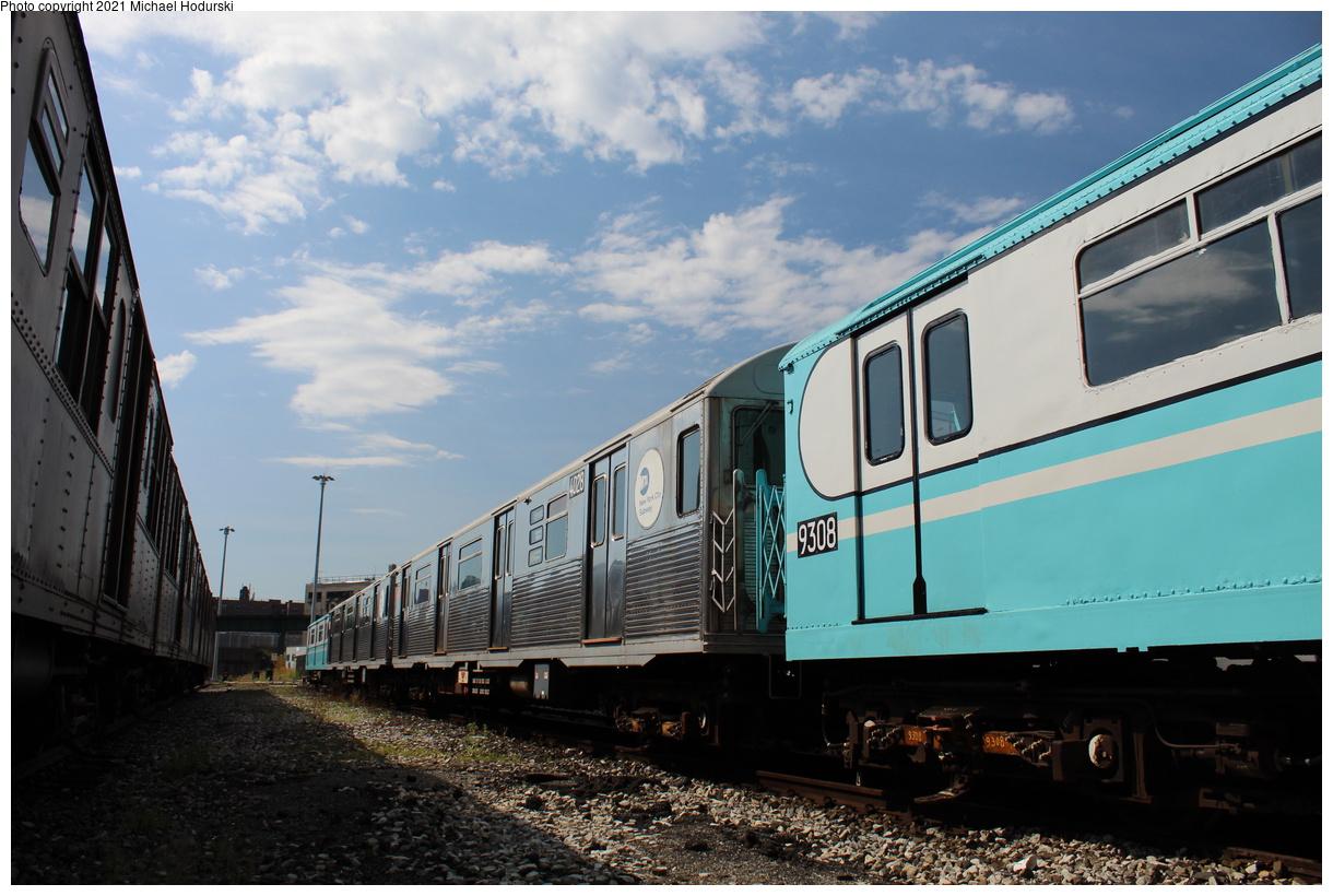 (386k, 1220x820)<br><b>Country:</b> United States<br><b>City:</b> New York<br><b>System:</b> New York City Transit<br><b>Location:</b> 207th Street Yard<br><b>Car:</b> R-38 (St. Louis, 1966-1967) 4028 <br><b>Photo by:</b> Michael Hodurski<br><b>Date:</b> 9/26/2019<br><b>Viewed (this week/total):</b> 0 / 115