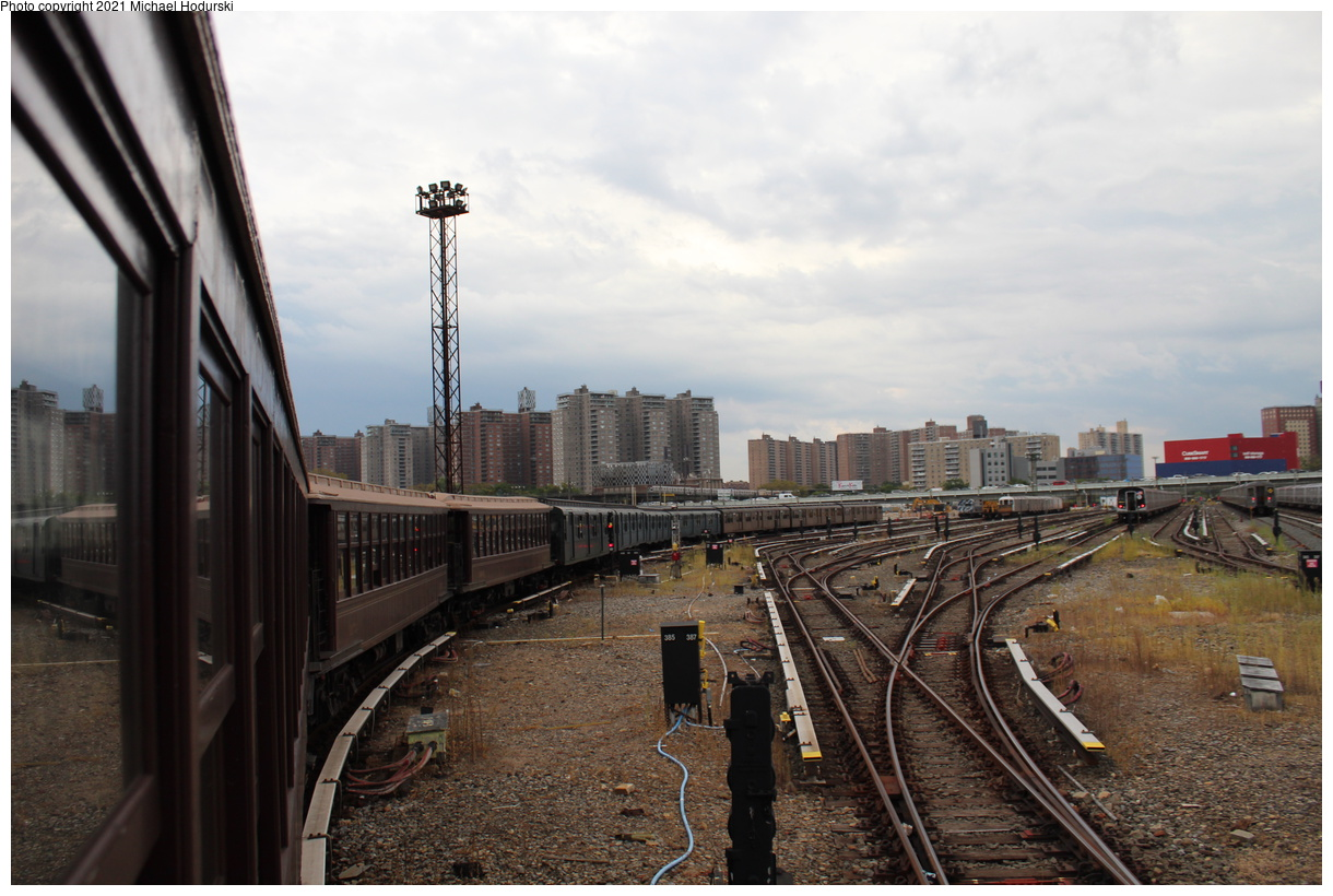 (377k, 1220x820)<br><b>Country:</b> United States<br><b>City:</b> New York<br><b>System:</b> New York City Transit<br><b>Location:</b> Coney Island Yard<br><b>Photo by:</b> Michael Hodurski<br><b>Date:</b> 9/26/2019<br><b>Notes:</b> BMT Gate Cars, IND R-1/9, BNT Standard train transfer for Transit Museum Parade of Trains<br><b>Viewed (this week/total):</b> 0 / 116