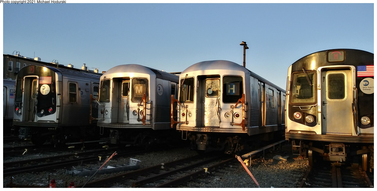(256k, 1220x620)<br><b>Country:</b> United States<br><b>City:</b> New York<br><b>System:</b> New York City Transit<br><b>Location:</b> Fresh Pond Yard<br><b>Car:</b> R-42 (St. Louis, 1969-1970) 4800 <br><b>Photo by:</b> Michael Hodurski<br><b>Date:</b> 4/15/2020<br><b>Viewed (this week/total):</b> 0 / 124