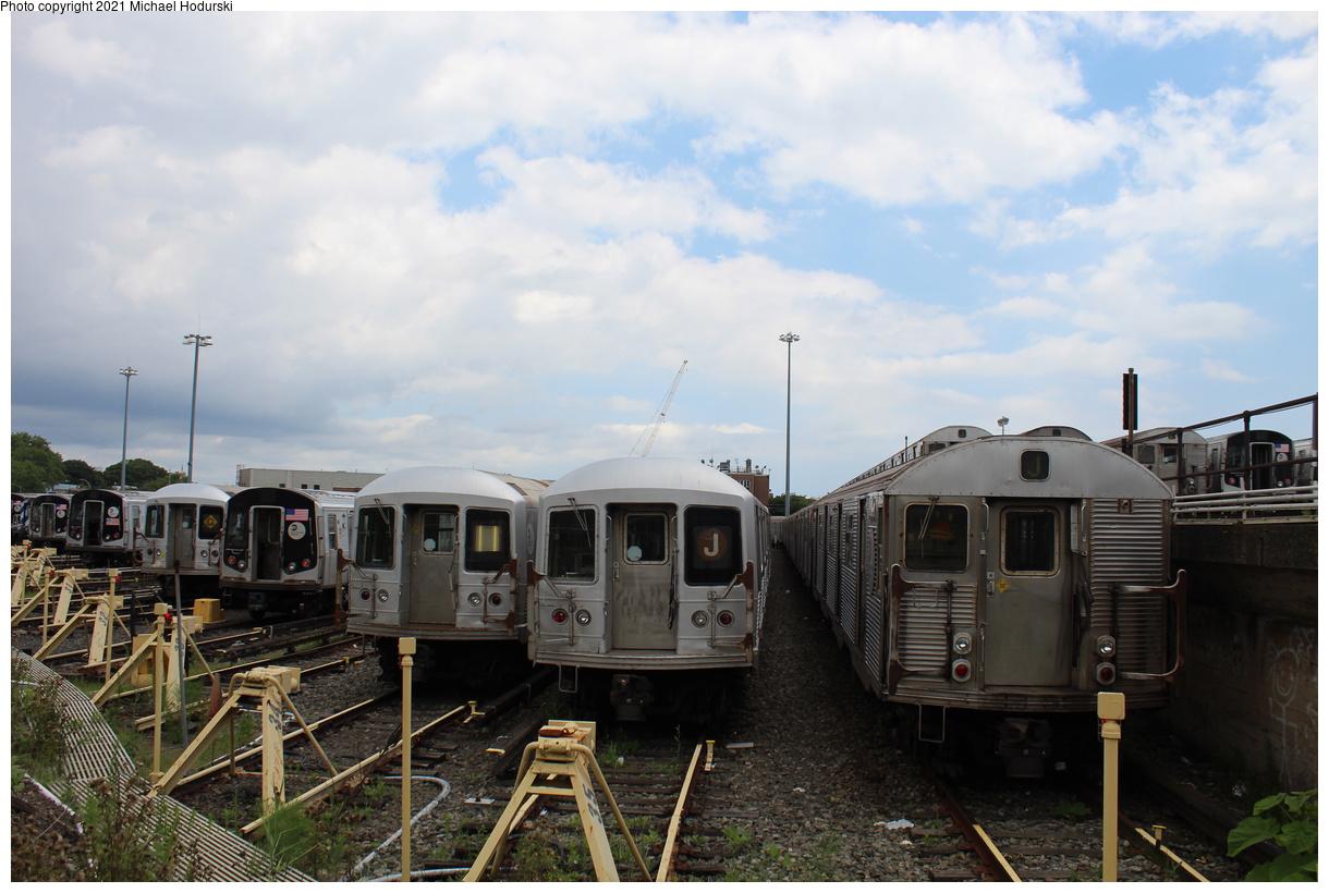 (366k, 1220x820)<br><b>Country:</b> United States<br><b>City:</b> New York<br><b>System:</b> New York City Transit<br><b>Location:</b> Fresh Pond Yard<br><b>Photo by:</b> Michael Hodurski<br><b>Date:</b> 7/15/2020<br><b>Viewed (this week/total):</b> 1 / 116