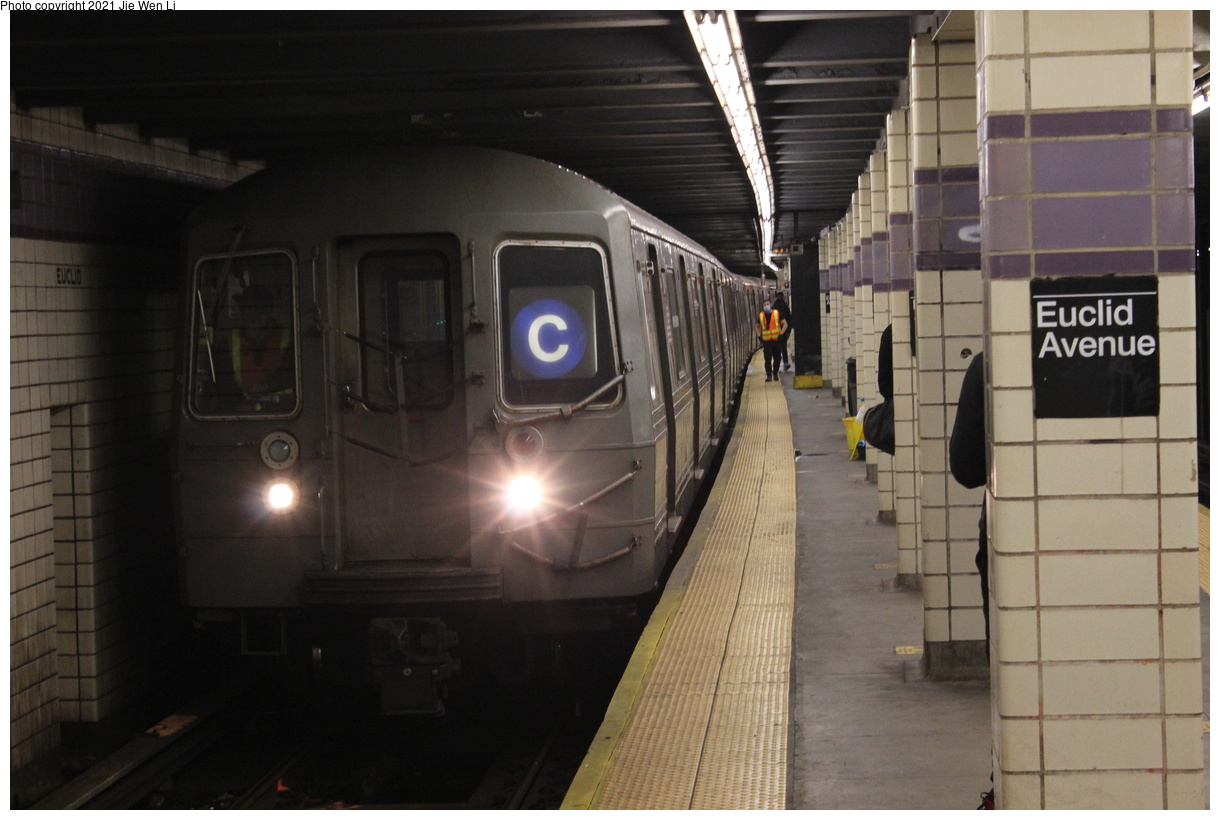 (319k, 1220x820)<br><b>Country:</b> United States<br><b>City:</b> New York<br><b>System:</b> New York City Transit<br><b>Line:</b> IND Fulton Street Line<br><b>Location:</b> Euclid Avenue<br><b>Route:</b> C<br><b>Car:</b> R-68 (Westinghouse-Amrail, 1986-1988) 2514 <br><b>Photo by:</b> Jie Wen Li<br><b>Date:</b> 4/16/2021<br><b>Notes:</b> Borrowed from the D line due to the C being rerouted to Norwood-205 St that day.<br><b>Viewed (this week/total):</b> 5 / 50