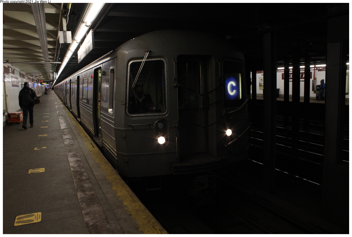 (274k, 1220x820)<br><b>Country:</b> United States<br><b>City:</b> New York<br><b>System:</b> New York City Transit<br><b>Line:</b> IND Fulton Street Line<br><b>Location:</b> Rockaway Avenue<br><b>Route:</b> C<br><b>Car:</b> R-68 (Westinghouse-Amrail, 1986-1988) 2514 <br><b>Photo by:</b> Jie Wen Li<br><b>Date:</b> 4/16/2021<br><b>Notes:</b> Borrowed from the D line due to the C being rerouted to Norwood-205 St that day.<br><b>Viewed (this week/total):</b> 3 / 54