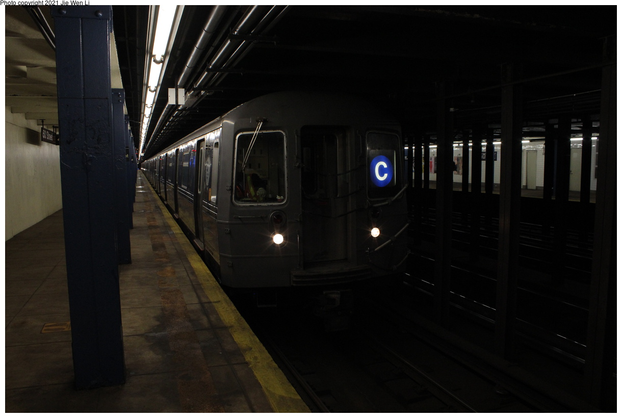 (250k, 1220x820)<br><b>Country:</b> United States<br><b>City:</b> New York<br><b>System:</b> New York City Transit<br><b>Line:</b> IND Queens Boulevard Line<br><b>Location:</b> 50th Street<br><b>Route:</b> C<br><b>Car:</b> R-68 (Westinghouse-Amrail, 1986-1988) 2762 <br><b>Photo by:</b> Jie Wen Li<br><b>Date:</b> 4/16/2021<br><b>Notes:</b> Borrowed from the D line due to the C being rerouted to Norwood-205 St that day.<br><b>Viewed (this week/total):</b> 3 / 43