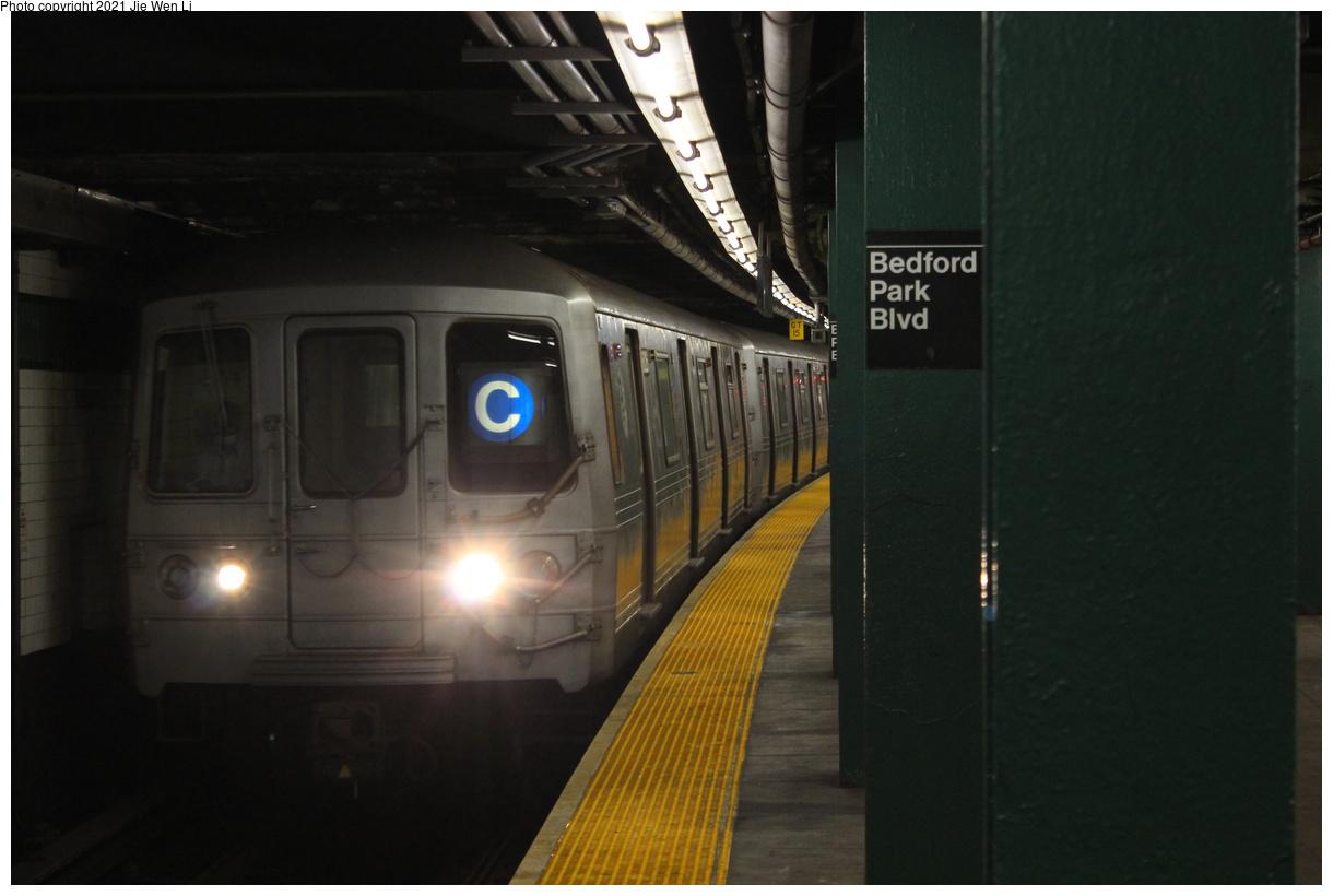 (271k, 1220x820)<br><b>Country:</b> United States<br><b>City:</b> New York<br><b>System:</b> New York City Transit<br><b>Line:</b> IND Concourse Line<br><b>Location:</b> Bedford Park Boulevard<br><b>Route:</b> C<br><b>Car:</b> R-46 (Pullman-Standard, 1974-75) 6026 <br><b>Photo by:</b> Jie Wen Li<br><b>Date:</b> 4/17/2021<br><b>Notes:</b> Reroute to Norwood-205 St.<br><b>Viewed (this week/total):</b> 1 / 45