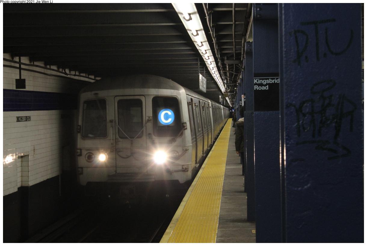 (287k, 1220x820)<br><b>Country:</b> United States<br><b>City:</b> New York<br><b>System:</b> New York City Transit<br><b>Line:</b> IND Concourse Line<br><b>Location:</b> Kingsbridge Road<br><b>Route:</b> C<br><b>Car:</b> R-46 (Pullman-Standard, 1974-75) 6226 <br><b>Photo by:</b> Jie Wen Li<br><b>Date:</b> 4/17/2021<br><b>Notes:</b> Reroute to Norwood-205 St.<br><b>Viewed (this week/total):</b> 1 / 35