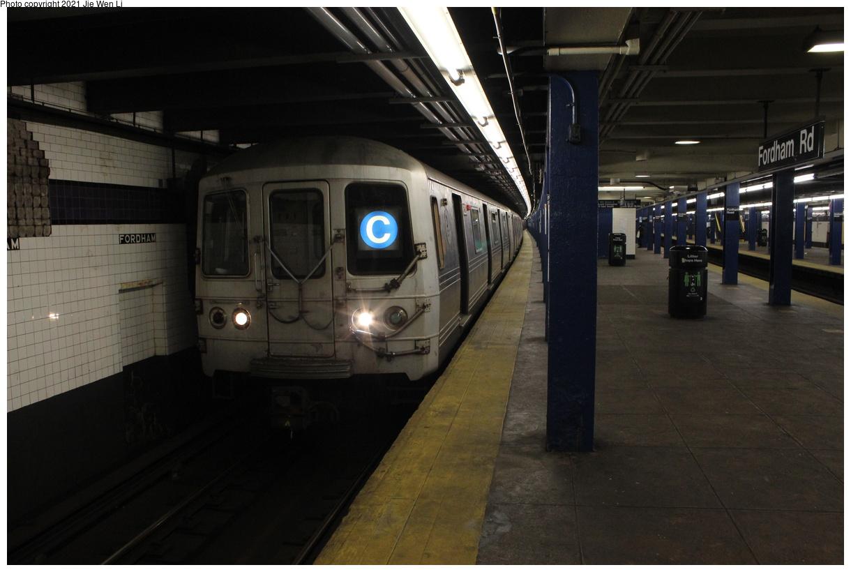 (316k, 1220x820)<br><b>Country:</b> United States<br><b>City:</b> New York<br><b>System:</b> New York City Transit<br><b>Line:</b> IND Concourse Line<br><b>Location:</b> Fordham Road<br><b>Route:</b> C<br><b>Car:</b> R-46 (Pullman-Standard, 1974-75) 6226 <br><b>Photo by:</b> Jie Wen Li<br><b>Date:</b> 4/17/2021<br><b>Notes:</b> Reroute to Norwood-205 St.<br><b>Viewed (this week/total):</b> 0 / 45