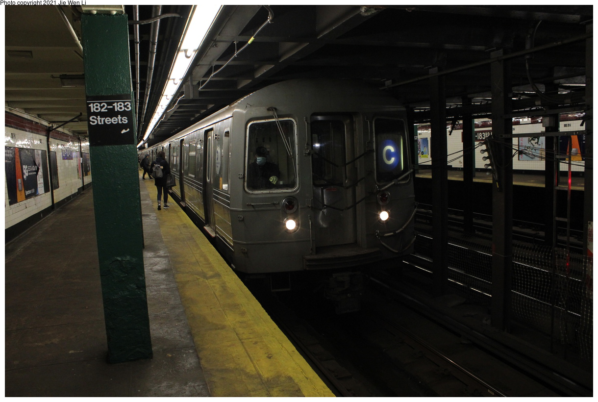 (334k, 1220x820)<br><b>Country:</b> United States<br><b>City:</b> New York<br><b>System:</b> New York City Transit<br><b>Line:</b> IND Concourse Line<br><b>Location:</b> 182nd/183rd Street<br><b>Route:</b> C<br><b>Car:</b> R-68 (Westinghouse-Amrail, 1986-1988) 2562 <br><b>Photo by:</b> Jie Wen Li<br><b>Date:</b> 4/18/2021<br><b>Notes:</b> Borrowed from the D line due to the C being rerouted to Norwood-205 St.<br><b>Viewed (this week/total):</b> 3 / 40