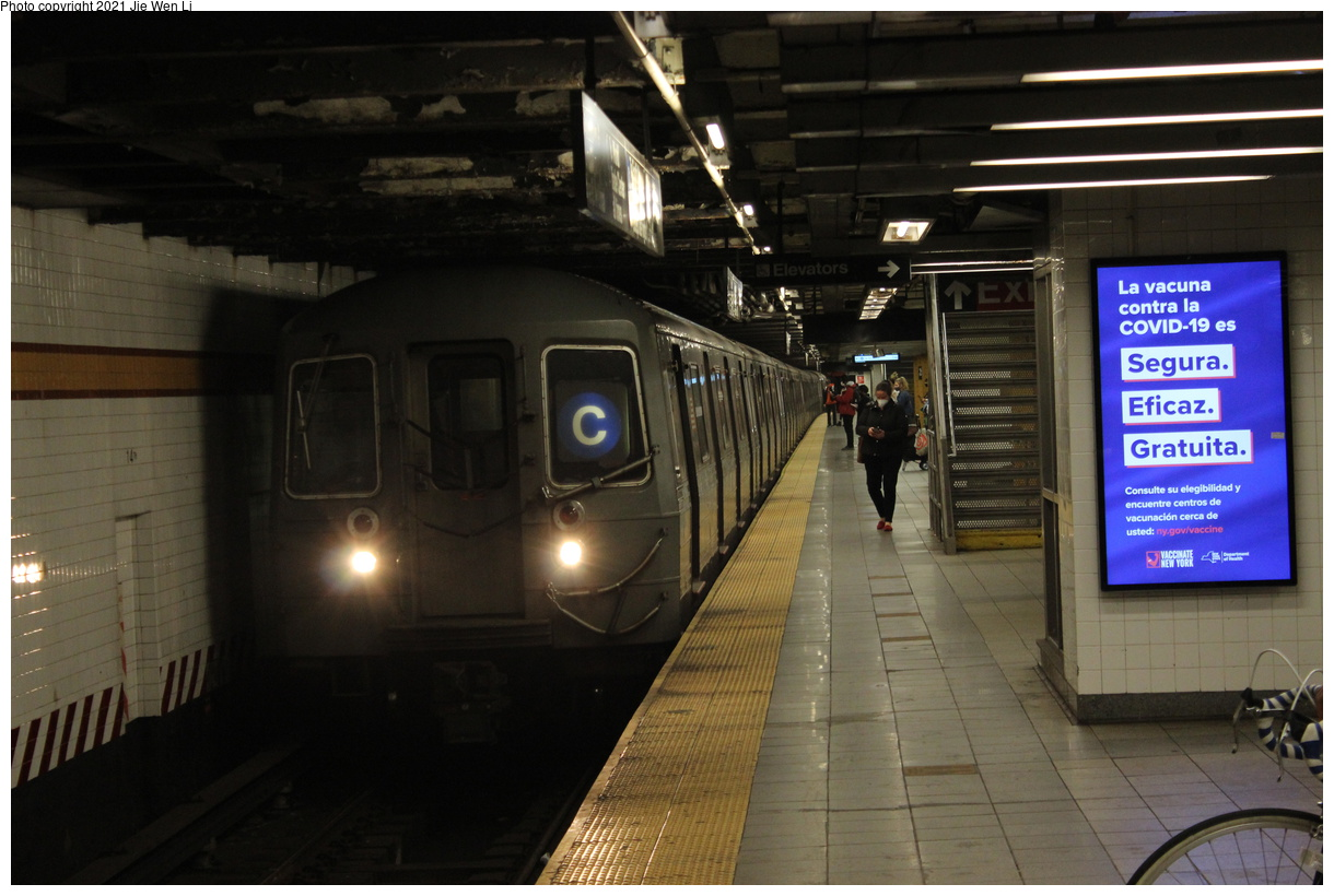 (349k, 1220x820)<br><b>Country:</b> United States<br><b>City:</b> New York<br><b>System:</b> New York City Transit<br><b>Line:</b> IND 8th Avenue Line<br><b>Location:</b> 14th Street<br><b>Route:</b> C<br><b>Car:</b> R-68 (Westinghouse-Amrail, 1986-1988) 2562 <br><b>Photo by:</b> Jie Wen Li<br><b>Date:</b> 4/18/2021<br><b>Notes:</b> Borrowed from the D line due to the C being rerouted to Norwood-205 St.<br><b>Viewed (this week/total):</b> 3 / 82