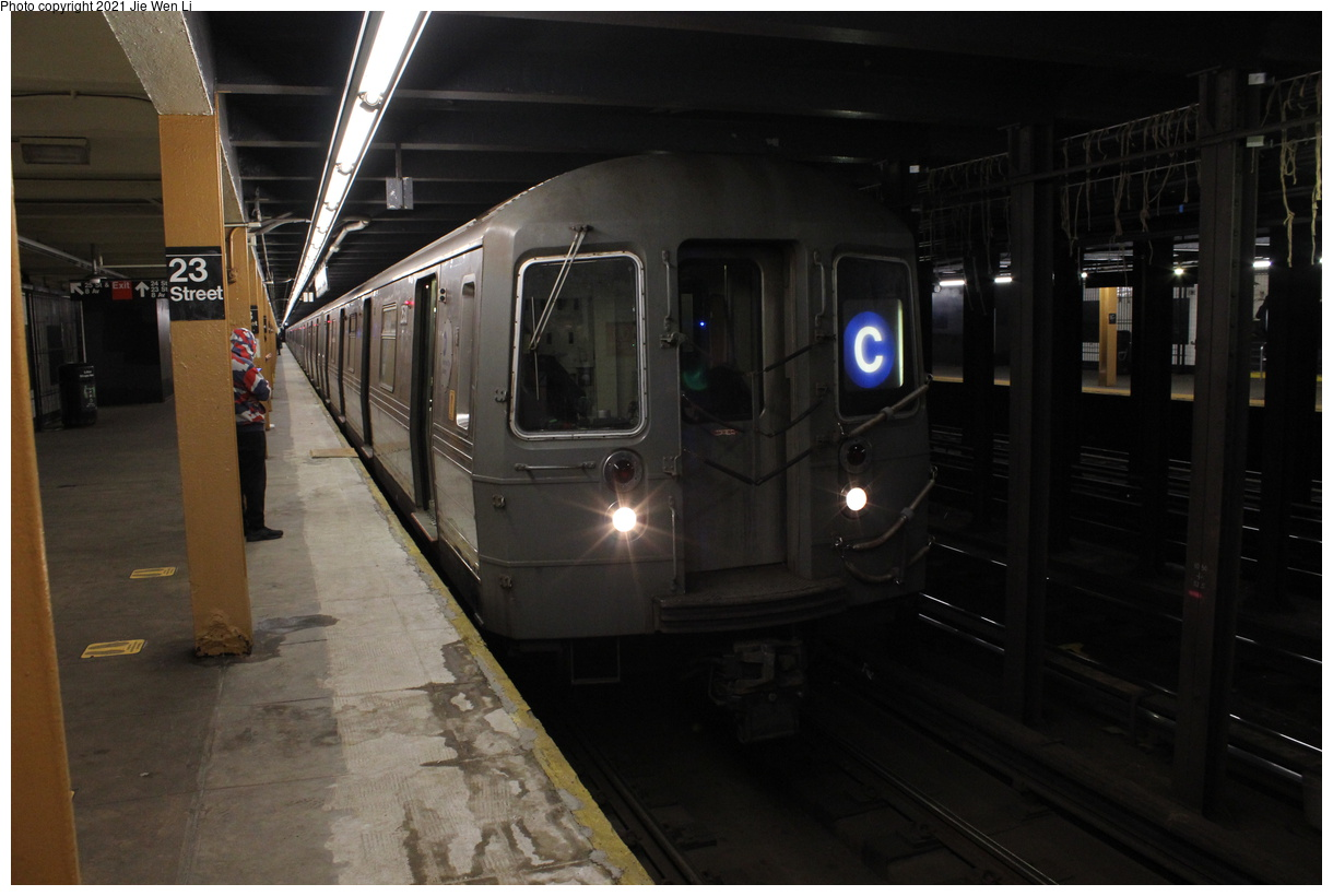 (307k, 1220x820)<br><b>Country:</b> United States<br><b>City:</b> New York<br><b>System:</b> New York City Transit<br><b>Line:</b> IND 8th Avenue Line<br><b>Location:</b> 23rd Street<br><b>Route:</b> C<br><b>Car:</b> R-68 (Westinghouse-Amrail, 1986-1988) 2530 <br><b>Photo by:</b> Jie Wen Li<br><b>Date:</b> 4/25/2021<br><b>Notes:</b> Borrowed from the D line due to the C being rerouted to Norwood-205 St<br><b>Viewed (this week/total):</b> 4 / 43