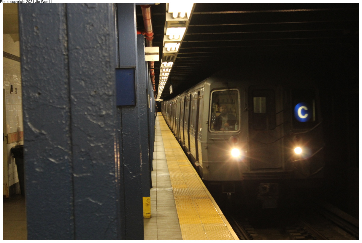 (295k, 1220x820)<br><b>Country:</b> United States<br><b>City:</b> New York<br><b>System:</b> New York City Transit<br><b>Line:</b> IND 8th Avenue Line<br><b>Location:</b> 81st Street/Museum of Natural History<br><b>Route:</b> C<br><b>Car:</b> R-68 (Westinghouse-Amrail, 1986-1988) 2560 <br><b>Photo by:</b> Jie Wen Li<br><b>Date:</b> 4/25/2021<br><b>Notes:</b> Borrowed from the D line due to the C being rerouted to Norwood-205 St<br><b>Viewed (this week/total):</b> 3 / 37