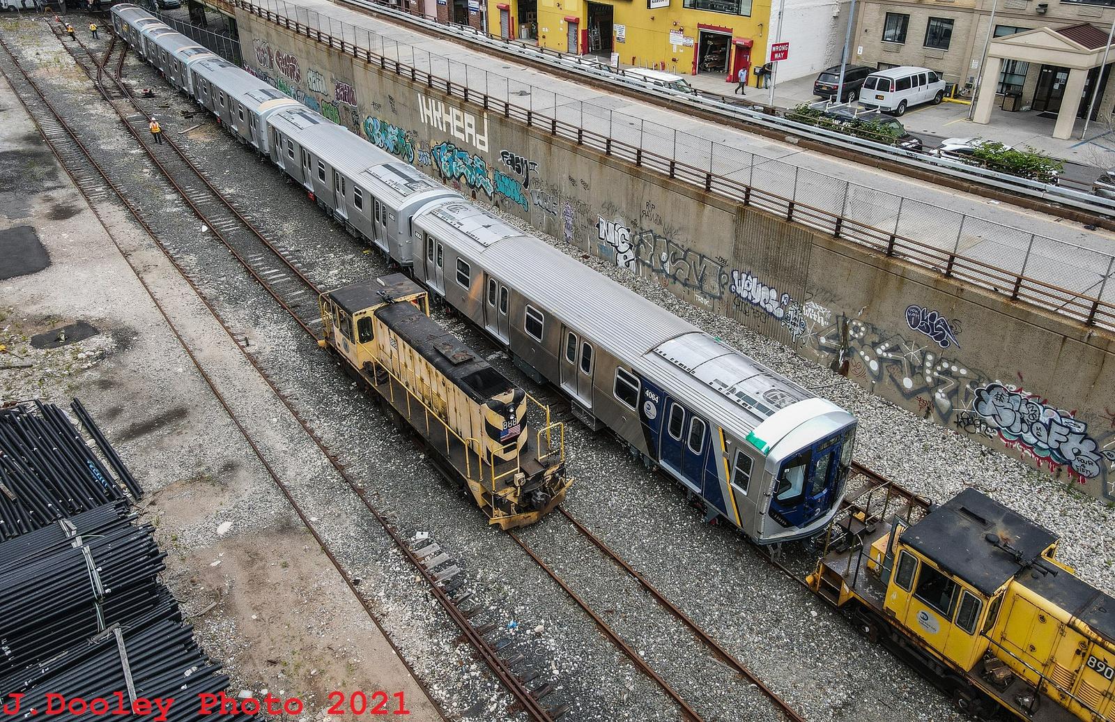 (1157k, 1600x1036)<br><b>Country:</b> United States<br><b>City:</b> New York<br><b>System:</b> New York City Transit<br><b>Car:</b> R-211 (Kawasaki, 2021-) 4064 <br><b>Photo by:</b> John Dooley<br><b>Date:</b> 7/1/2021<br><b>Notes:</b> R-211 delivery and press conference.<br><b>Viewed (this week/total):</b> 0 / 312