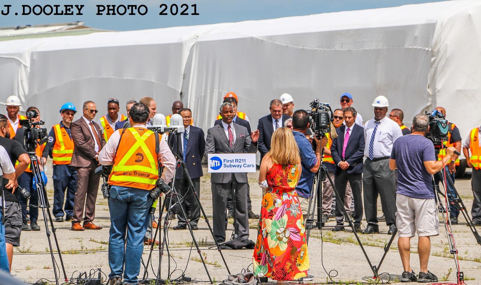 (656k, 1600x949)<br><b>Country:</b> United States<br><b>City:</b> New York<br><b>System:</b> New York City Transit<br><b>Car:</b> R-211 (Kawasaki, 2021-)  <br><b>Photo by:</b> John Dooley<br><b>Date:</b> 7/1/2021<br><b>Notes:</b> R-211 delivery and press conference.<br><b>Viewed (this week/total):</b> 3 / 197