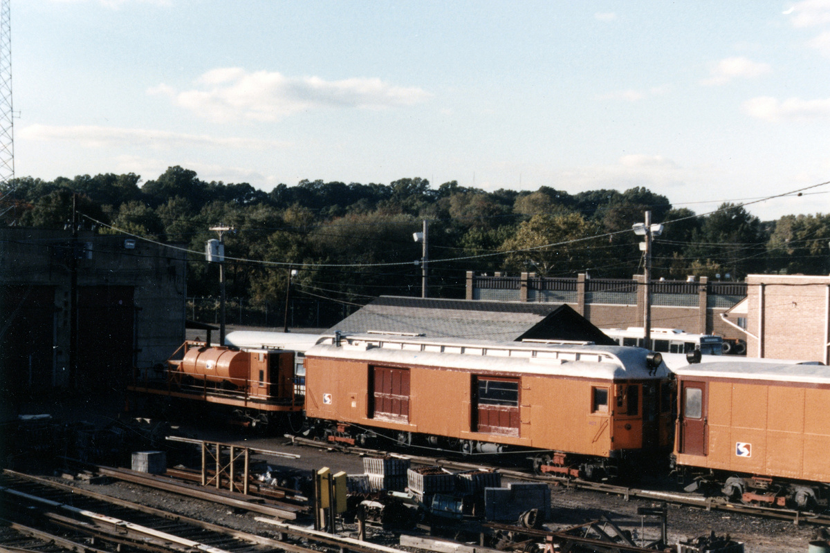 (433k, 1200x800)<br><b>Country:</b> United States<br><b>City:</b> Philadelphia, PA<br><b>System:</b> SEPTA (or Predecessor)<br><b>Line:</b> 100-Norristown<br><b>Location:</b> 72nd (69th) St. Yard-Norristown Line<br><b>Car:</b> PSTC Box Motor (St. Louis Car, 1907) 401 <br><b>Collection of:</b> David Pirmann<br><b>Notes:</b> Probably 1987 or 1988<br><b>Viewed (this week/total):</b> 2 / 13