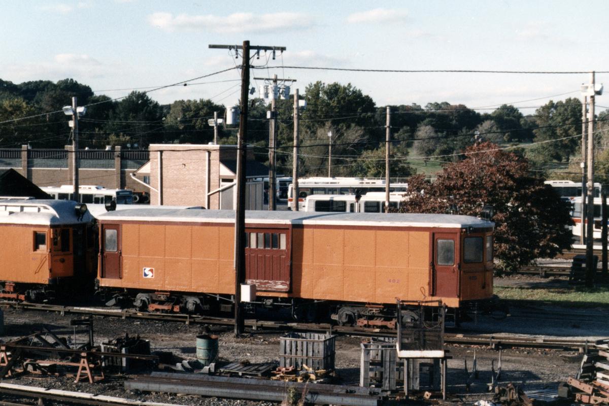 (498k, 1200x800)<br><b>Country:</b> United States<br><b>City:</b> Philadelphia, PA<br><b>System:</b> SEPTA (or Predecessor)<br><b>Line:</b> 100-Norristown<br><b>Location:</b> 72nd (69th) St. Yard-Norristown Line<br><b>Car:</b> PSTC Box Motor (St. Louis Car, 1907) 402 <br><b>Collection of:</b> David Pirmann<br><b>Notes:</b> Probably 1987 or 1988<br><b>Viewed (this week/total):</b> 3 / 12