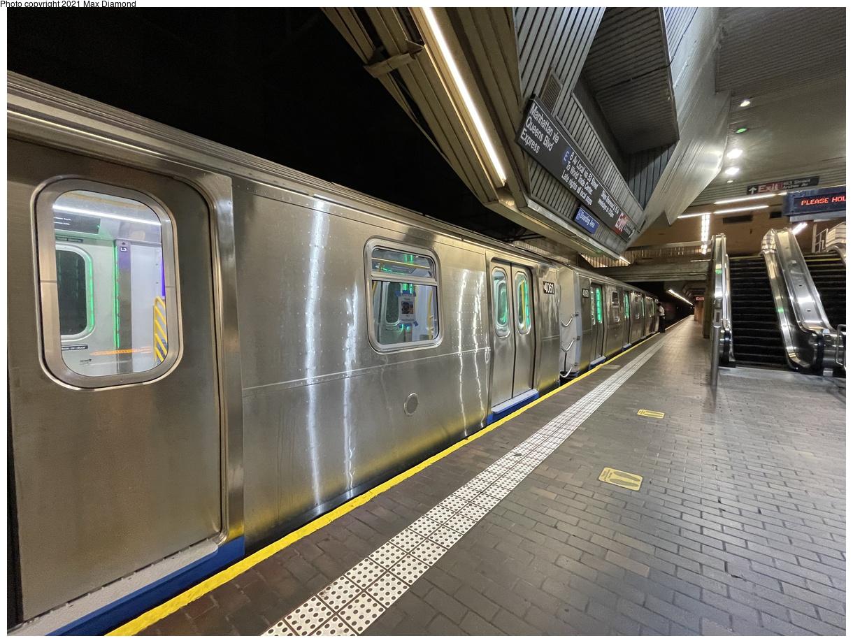 (443k, 1220x920)<br><b>Country:</b> United States<br><b>City:</b> New York<br><b>System:</b> New York City Transit<br><b>Line:</b> IND Queens Boulevard Line<br><b>Location:</b> Jamaica Center/Parsons-Archer<br><b>Route:</b> Testing<br><b>Car:</b> R-211 (Kawasaki, 2021-) 4061 <br><b>Photo by:</b> Max Diamond<br><b>Date:</b> 8/25/2021<br><b>Notes:</b> Clearance testing on the Queens Blvd line<br><b>Viewed (this week/total):</b> 10 / 144