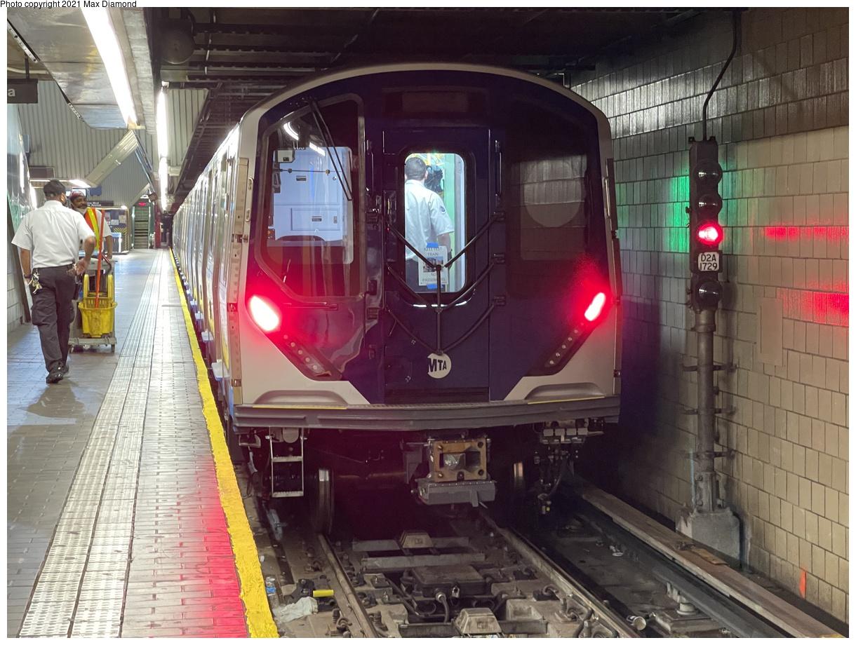 (412k, 1220x920)<br><b>Country:</b> United States<br><b>City:</b> New York<br><b>System:</b> New York City Transit<br><b>Line:</b> IND Queens Boulevard Line<br><b>Location:</b> Jamaica Center/Parsons-Archer<br><b>Route:</b> Testing<br><b>Car:</b> R-211 (Kawasaki, 2021-) 4060 <br><b>Photo by:</b> Max Diamond<br><b>Date:</b> 8/25/2021<br><b>Notes:</b> Clearance testing on the Queens Blvd line<br><b>Viewed (this week/total):</b> 10 / 201