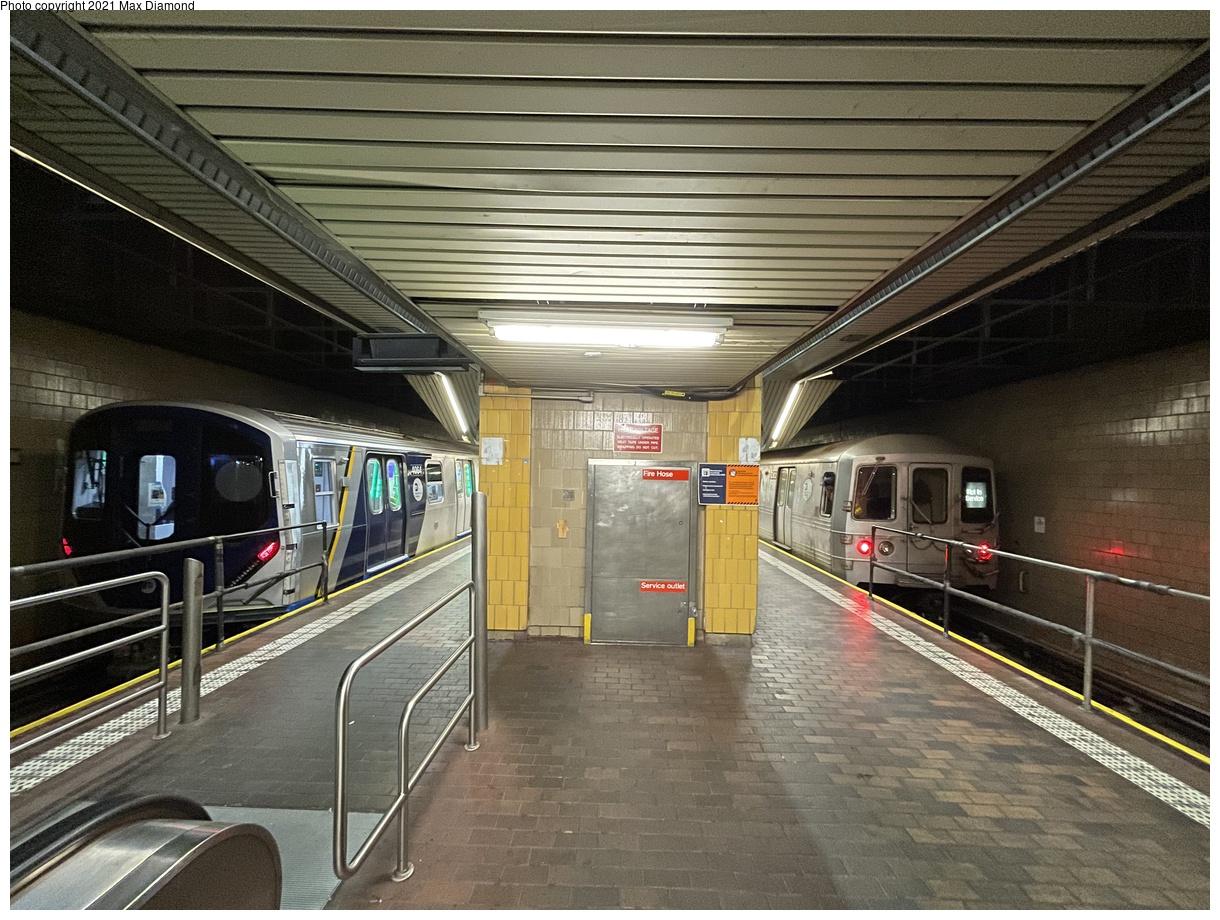 (477k, 1220x920)<br><b>Country:</b> United States<br><b>City:</b> New York<br><b>System:</b> New York City Transit<br><b>Line:</b> IND Queens Boulevard Line<br><b>Location:</b> Jamaica Center/Parsons-Archer<br><b>Route:</b> Testing<br><b>Car:</b> R-211 (Kawasaki, 2021-) 4064 <br><b>Photo by:</b> Max Diamond<br><b>Date:</b> 8/25/2021<br><b>Notes:</b> Clearance testing on the Queens Blvd line<br><b>Viewed (this week/total):</b> 12 / 205