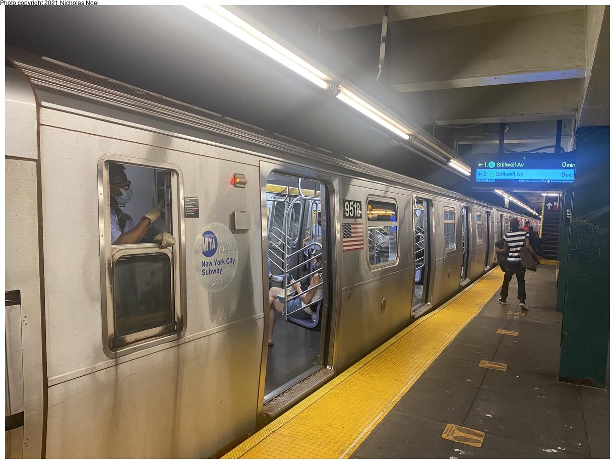 (377k, 1220x920)<br><b>Country:</b> United States<br><b>City:</b> New York<br><b>System:</b> New York City Transit<br><b>Line:</b> IND Crosstown Line<br><b>Location:</b> Bedford/Nostrand Aves.<br><b>Route:</b> G<br><b>Car:</b> R-160A (Option 1) (Alstom, 2008-2009, 5 car sets) 9518 <br><b>Photo by:</b> Nicholas Noel<br><b>Date:</b> 8/14/2021<br><b>Viewed (this week/total):</b> 7 / 52