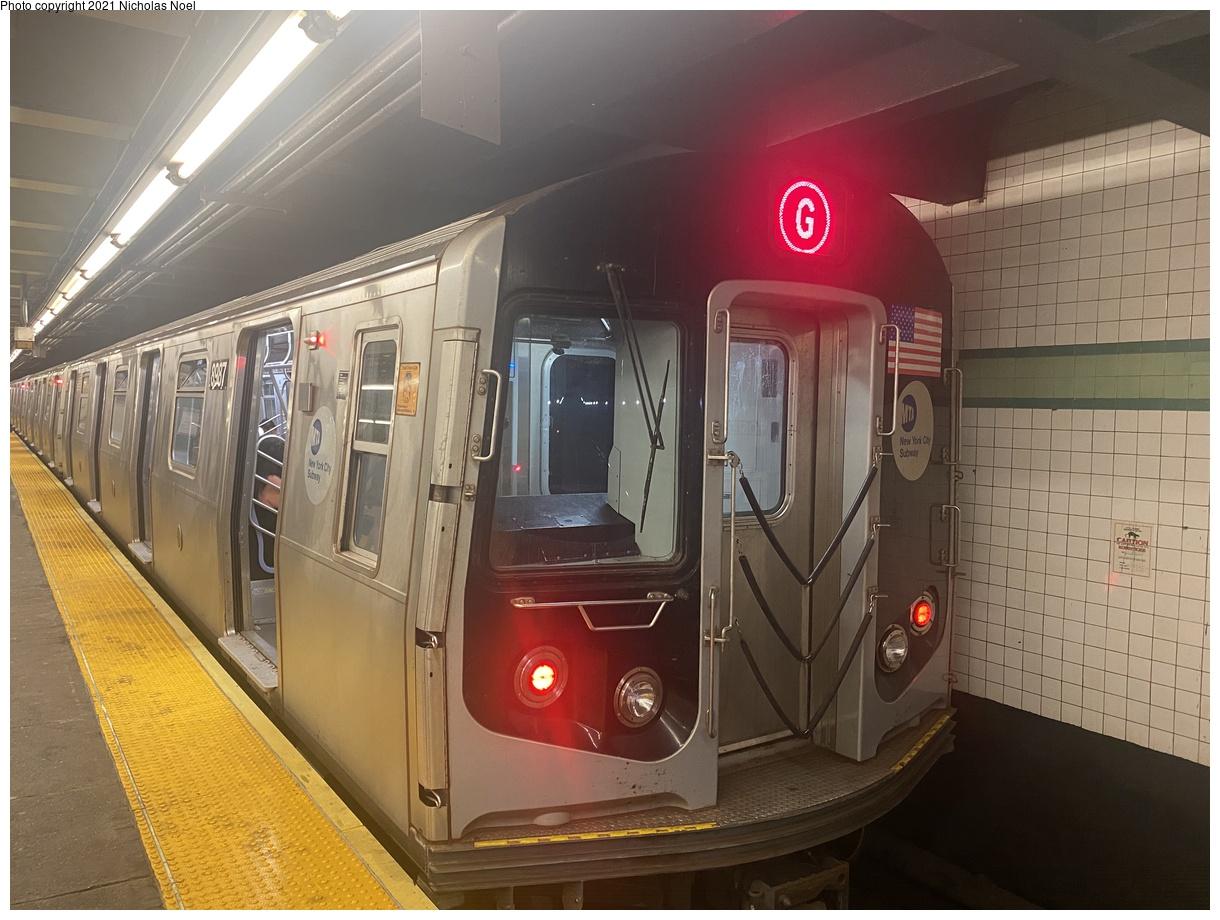 (362k, 1220x920)<br><b>Country:</b> United States<br><b>City:</b> New York<br><b>System:</b> New York City Transit<br><b>Line:</b> IND Crosstown Line<br><b>Location:</b> Bedford/Nostrand Aves.<br><b>Route:</b> G<br><b>Car:</b> R-160B (Option 1) (Kawasaki, 2008-2009) 8987 <br><b>Photo by:</b> Nicholas Noel<br><b>Date:</b> 8/14/2021<br><b>Viewed (this week/total):</b> 5 / 39