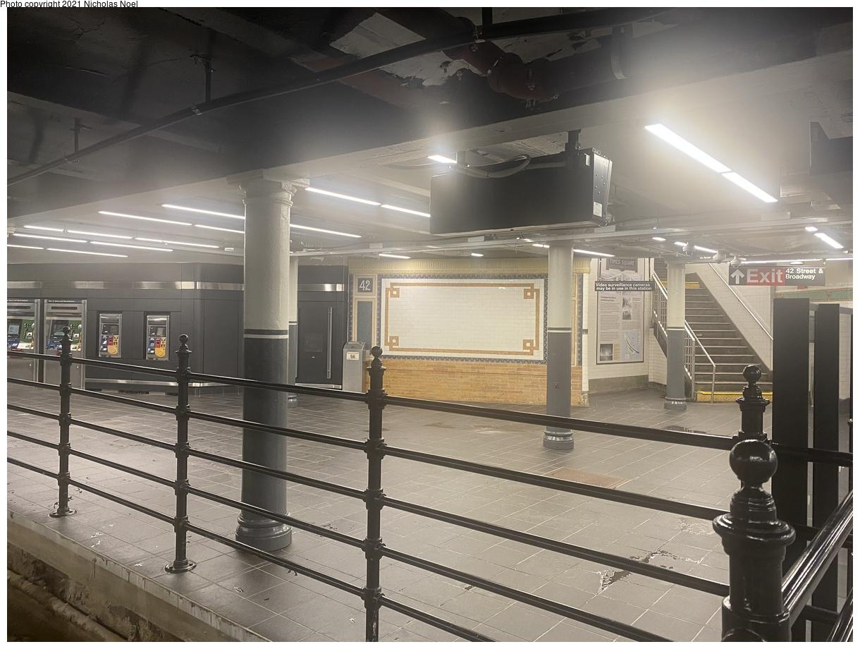 (369k, 1220x920)<br><b>Country:</b> United States<br><b>City:</b> New York<br><b>System:</b> New York City Transit<br><b>Line:</b> IRT Times Square-Grand Central Shuttle<br><b>Location:</b> Times Square<br><b>Photo by:</b> Nicholas Noel<br><b>Date:</b> 9/8/2021<br><b>Notes:</b> Renovated shuttle station - former track 1 side platform.<br><b>Viewed (this week/total):</b> 10 / 65