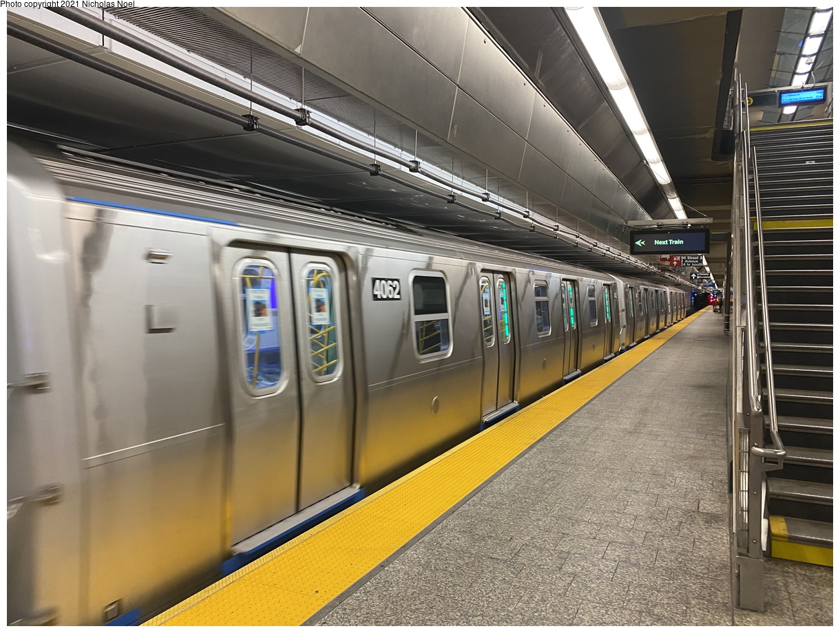 (425k, 1220x920)<br><b>Country:</b> United States<br><b>City:</b> New York<br><b>System:</b> New York City Transit<br><b>Line:</b> 2nd Avenue Subway<br><b>Location:</b> 96th Street<br><b>Route:</b> Testing<br><b>Car:</b> R-211 (Kawasaki, 2021-) 4062 <br><b>Photo by:</b> Nicholas Noel<br><b>Date:</b> 9/29/2021<br><b>Viewed (this week/total):</b> 9 / 52