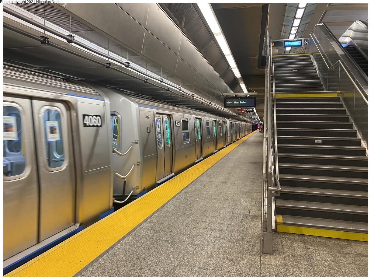 (463k, 1220x920)<br><b>Country:</b> United States<br><b>City:</b> New York<br><b>System:</b> New York City Transit<br><b>Line:</b> 2nd Avenue Subway<br><b>Location:</b> 96th Street<br><b>Route:</b> Testing<br><b>Car:</b> R-211 (Kawasaki, 2021-) 4061 <br><b>Photo by:</b> Nicholas Noel<br><b>Date:</b> 9/29/2021<br><b>Viewed (this week/total):</b> 5 / 41