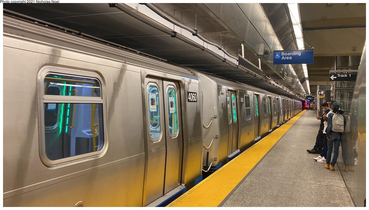 (321k, 1220x695)<br><b>Country:</b> United States<br><b>City:</b> New York<br><b>System:</b> New York City Transit<br><b>Line:</b> 2nd Avenue Subway<br><b>Location:</b> 96th Street<br><b>Route:</b> Testing<br><b>Car:</b> R-211 (Kawasaki, 2021-) 4061 <br><b>Photo by:</b> Nicholas Noel<br><b>Date:</b> 9/29/2021<br><b>Viewed (this week/total):</b> 5 / 37