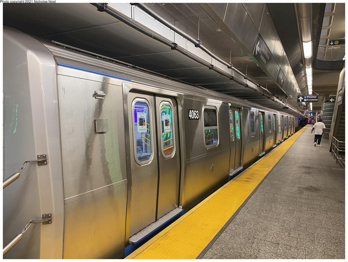 (421k, 1220x920)<br><b>Country:</b> United States<br><b>City:</b> New York<br><b>System:</b> New York City Transit<br><b>Line:</b> 2nd Avenue Subway<br><b>Location:</b> 96th Street<br><b>Route:</b> Testing<br><b>Car:</b> R-211 (Kawasaki, 2021-) 4063 <br><b>Photo by:</b> Nicholas Noel<br><b>Date:</b> 9/29/2021<br><b>Viewed (this week/total):</b> 10 / 42