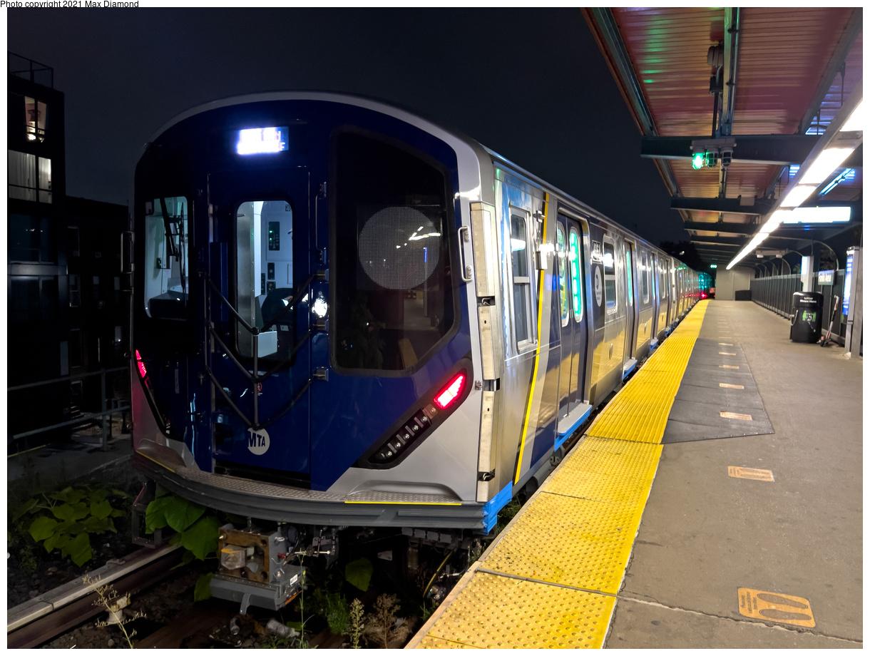 (451k, 1220x920)<br><b>Country:</b> United States<br><b>City:</b> New York<br><b>System:</b> New York City Transit<br><b>Line:</b> BMT Franklin Shuttle<br><b>Location:</b> Franklin Avenue<br><b>Route:</b> Testing<br><b>Car:</b> R-211 (Kawasaki, 2021-) 4064 <br><b>Photo by:</b> Max Diamond<br><b>Date:</b> 9/17/2021<br><b>Viewed (this week/total):</b> 10 / 69