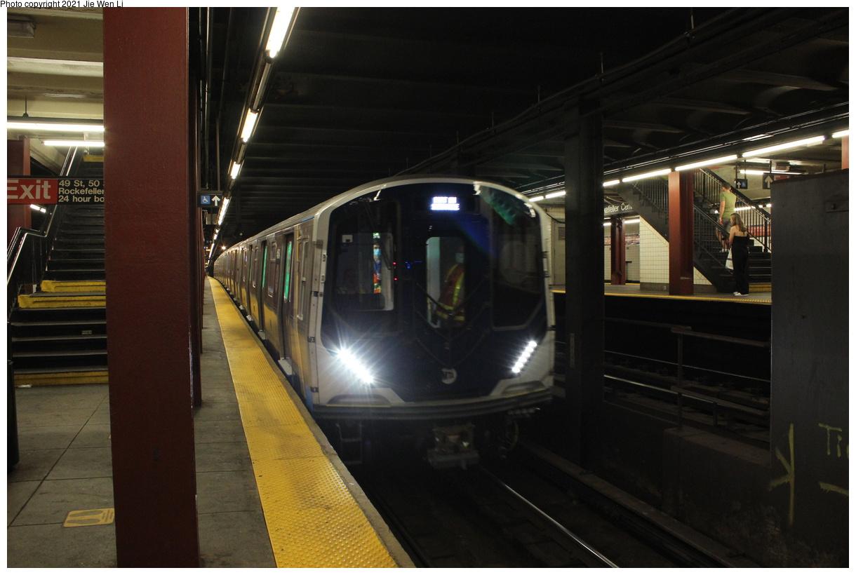 (325k, 1220x820)<br><b>Country:</b> United States<br><b>City:</b> New York<br><b>System:</b> New York City Transit<br><b>Line:</b> IND 6th Avenue Line<br><b>Location:</b> 47-50th Street/Rockefeller Center<br><b>Route:</b> Testing<br><b>Car:</b> R-211 (Kawasaki, 2021-) 4064 <br><b>Photo by:</b> Jie Wen Li<br><b>Date:</b> 9/17/2021<br><b>Notes:</b> Clearance test on the 6 Av Line.<br><b>Viewed (this week/total):</b> 12 / 69