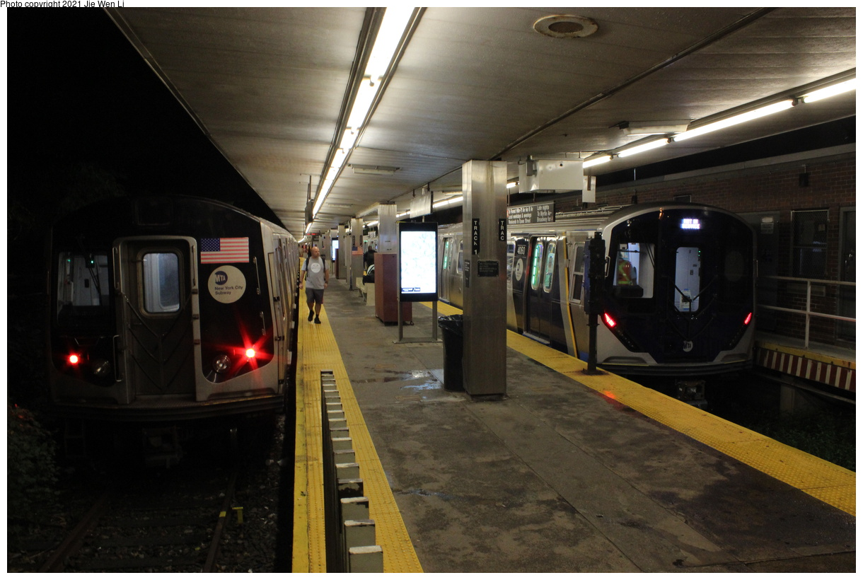(350k, 1220x820)<br><b>Country:</b> United States<br><b>City:</b> New York<br><b>System:</b> New York City Transit<br><b>Line:</b> BMT Myrtle Avenue Line<br><b>Location:</b> Metropolitan Avenue<br><b>Route:</b> Testing<br><b>Car:</b> R-211 (Kawasaki, 2021-) 4060 <br><b>Photo by:</b> Jie Wen Li<br><b>Date:</b> 9/20/2021<br><b>Notes:</b> With R160 8473. Clearance testing on the Myrtle Line. The R-160 train is acting as protection for the test train.<br><b>Viewed (this week/total):</b> 33 / 176