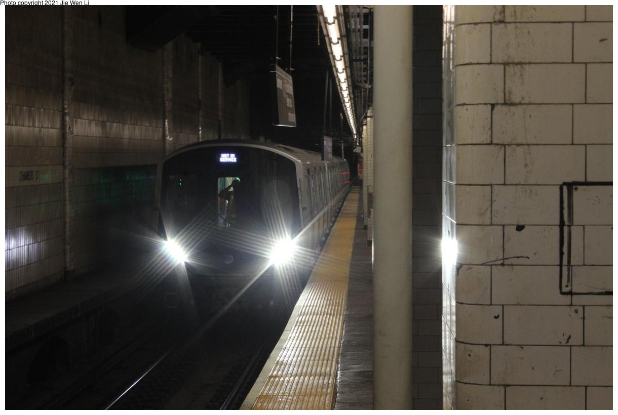 (294k, 1220x820)<br><b>Country:</b> United States<br><b>City:</b> New York<br><b>System:</b> New York City Transit<br><b>Line:</b> BMT Nassau Street-Jamaica Line<br><b>Location:</b> Chambers Street<br><b>Route:</b> Testing<br><b>Car:</b> R-211 (Kawasaki, 2021-) 4064 <br><b>Photo by:</b> Jie Wen Li<br><b>Date:</b> 9/20/2021<br><b>Notes:</b> Clearance testing on the Nassau St Line.<br><b>Viewed (this week/total):</b> 20 / 134