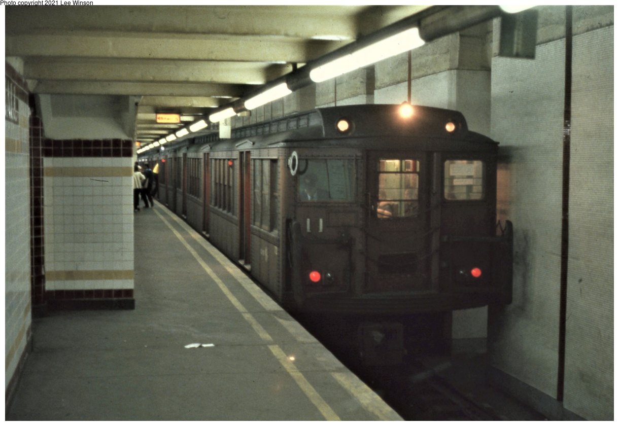 (273k, 1220x840)<br><b>Country:</b> United States<br><b>City:</b> Philadelphia, PA<br><b>System:</b> SEPTA (or Predecessor)<br><b>Line:</b> Broad Street Subway<br><b>Location:</b> City Hall<br><b>Car:</b> PTC/SEPTA B-1 Broad Street (J.G. Brill, 1927-1928) 72 <br><b>Photo by:</b> Lee Winson<br><b>Date:</b> 3/1982<br><b>Notes:</b> Note Identra Coil loop above motorman to automatically select route.  Heavy construction of station limits options to rebuild it.<br><b>Viewed (this week/total):</b> 6 / 54