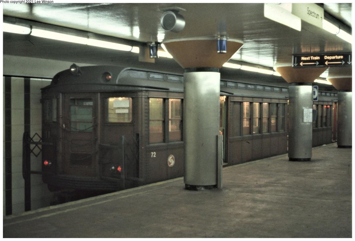 (298k, 1220x827)<br><b>Country:</b> United States<br><b>City:</b> Philadelphia, PA<br><b>System:</b> SEPTA (or Predecessor)<br><b>Line:</b> Broad Street Subway<br><b>Location:</b> Pattison<br><b>Car:</b> PTC/SEPTA B-1 Broad Street (J.G. Brill, 1927-1928) 93 <br><b>Photo by:</b> Lee Winson<br><b>Date:</b> 3/1982<br><b>Notes:</b> Arrows on next train sign refer to the two tracks on the upper level, or the tracks on rarely used lower level.<br><b>Viewed (this week/total):</b> 5 / 41