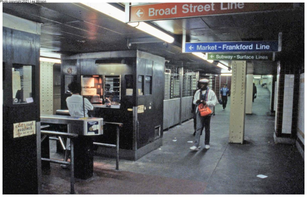 (343k, 1220x783)<br><b>Country:</b> United States<br><b>City:</b> Philadelphia, PA<br><b>System:</b> SEPTA (or Predecessor)<br><b>Line:</b> Broad Street Subway<br><b>Location:</b> City Hall<br><b>Photo by:</b> Lee Winson<br><b>Date:</b> 5/1986<br><b>Notes:</b> Concourse fare collection cashier booths.<br><b>Viewed (this week/total):</b> 5 / 45