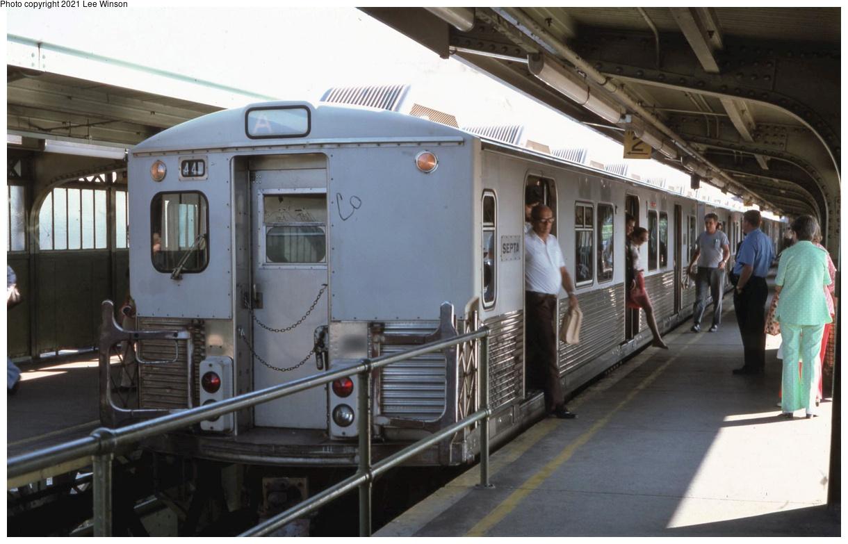 (299k, 1220x783)<br><b>Country:</b> United States<br><b>City:</b> Philadelphia, PA<br><b>System:</b> SEPTA (or Predecessor)<br><b>Line:</b> Market-Frankford El<br><b>Location:</b> Frankford Terminal (Bridge/Pratt)<br><b>Photo by:</b> Lee Winson<br><b>Date:</b> 7/1975<br><b>Notes:</b> A skip stops sign lit.<br><b>Viewed (this week/total):</b> 4 / 39