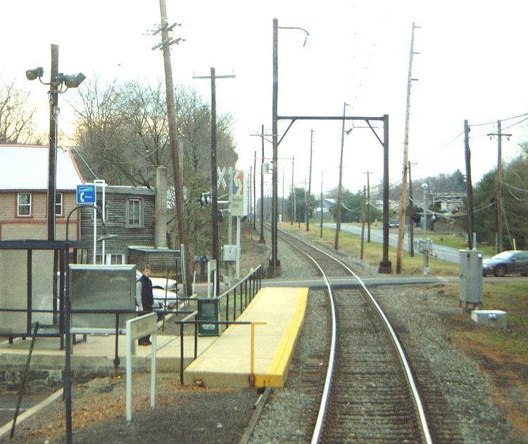 (119k, 750x630)<br><b>Country:</b> United States<br><b>City:</b> Philadelphia, PA<br><b>System:</b> SEPTA Regional Rail<br><b>Line:</b> SEPTA R5<br><b>Location:</b> New Britain<br><b>Route:</b> R5-Doylestown<br><b>Photo by:</b> Bob Vogel<br><b>Date:</b> 12/28/2001<br><b>Viewed (this week/total):</b> 0 / 3048